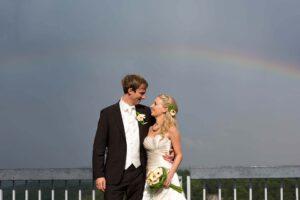 Hochzeitsfotograf Hochzeitspaar Regenbogen